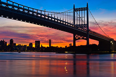 Sunset at Hell Gate with the RFK Bridge (torbenzeh) Tags: nyc newyorkcity sunset ny newyork unitedstates queens astoria triborobridge hellgate triboroughbridge rfkbridge robertfkennedybridge
