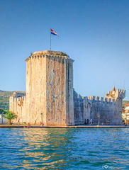 Kamerlengo Castle, Trogir, Croatia (d0ben) Tags: street city blue light sunset sea sky panorama cloud sun mountains art nature water colors architecture sunrise square photography dawn boat photo nikon ruins colorful europe mediterranean day ray shine rooftops roman wide eu croatia lagoon palace palm creation walkway diocletian sail split dslr termszet magyar eastern seashore hdr adriatic fny tjkp zld tr horvtorszg abiding szp fot vz d5100
