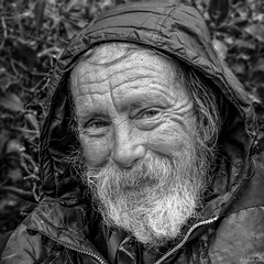 """""""Twinkle in the Eye"""" (Pensioner Percy, very slow at the moment) Tags: portrait monochrome manchester eyes nikon homeless whiskers parkbench unemployed beared d7100 nikon35mmf18 lowerbyronstreet"""
