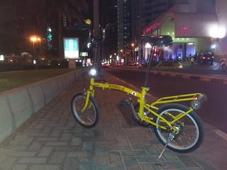 #nassports #nas #uae #dxb #emirates #street #streetviews #streetstyle #mydubaipics #mydubai #hobby #cyclist #cycling #bikeselfie #pedal #bicycles #bicycle #brompton #bromptonlike #almostbrompton #minibrompton #yellow#foldingbikesociety #foldingbikesociety