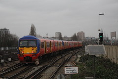 456013 (matty10120) Tags: london speed train out photo high taken junction class waterloo 28 27 clapham 456 hst marlybone diverts at 27th28th