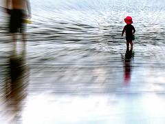 Summer end (losy) Tags: summer end beach kid dad tide losyphotography sand ocean