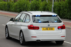Humberside Police Unmarked BMW 330d Touring Driver Training Vehicle (PFB-999) Tags: humberside police ex demo demonstrator bmw 330d 3series touring estate driver training vehicle car unit dt grilles fendoffs dashlight leds
