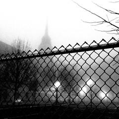 Le brouillard est de l'autre côté... (woltarise) Tags: montréal rachelest rue