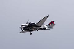 Private Beech C90GTi King Air N90HG (jbp274) Tags: lax klax airport airplanes beech beechcraft kingair bizprop c90