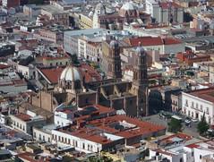 Zacatecas, la Catedral desde el teleférico a la Bufa. (helicongus) Tags: zacatecas estadodezacatecas méxico 2009