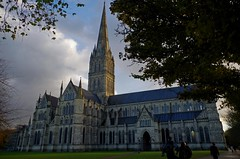 1353-34L (Lozarithm) Tags: salisbury wilts buildings cathedrals k50 1855 smcpda1855mmf3556alii justpentax