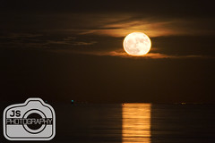 Supermoon November 2016 (Joshua Siniscal Photography) Tags: supermoon super moon nj ocean horizon beautiful new jersey orange sky clear amazing reflection south amboy excellent