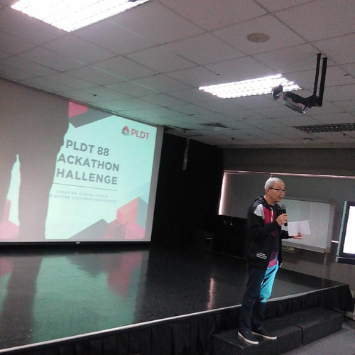 Good morning! Listening to Sir Mon Isberto of PLDT Smart Public Affairs open the Luzon leg of the #PLDT88 Hackathon #SmartDevNet #HackMore #CodeMore #DevMore #HereThereBeHackathons #HCSVNTHCKTHNS