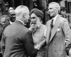 Mr. Jinnah with the Viceroy Lord Wavell and Master Tara Singh (Doc Kazi) Tags: pakistan india independence negotiations ceremonies jinnah gandhi nehru mountbatten viceroy wavell stafford cripps edwina fatima muhammad ali