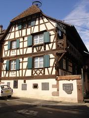 Le village de Kintzheim (Alsace, Bas-Rhin, France) (bobroy20) Tags: kintzheim alsace basrhin slestat maisoncolombages colombages maison habitatalsacien habitat btisse