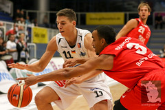 "ProA16 ETB Wohnbau Baskets vs. Bayer Giants Leverkusen 08.11.2015 023.jpg • <a style=""font-size:0.8em;"" href=""http://www.flickr.com/photos/64442770@N03/22852900596/"" target=""_blank"">View on Flickr</a>"