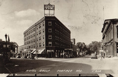 Hotel Rauf B&W Postcard