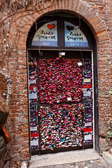 Verona. Candados en la casa de Giulietta (Pedro Luis Rodriguez) Tags: verona giulietta candados