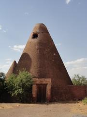 Tacoaleche Silos in Zacatecas, Mexico. (josebañuelos) Tags: silo granary zacatecas mexico conos cone
