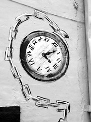 Mural in back alley in downtown Edmond, Oklahoma in b&w (kevinellison62) Tags: blackwhite edmond murals art oklahoma clock time watch pocketwatch