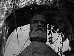 Constantin Brancusi, Romanian sculptor (Miranda Ruiter) Tags: blackandwhite romania bucarest art park sculptor brancusi sculpture statue