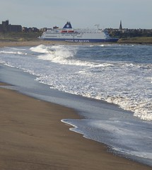 King seaways (seanofselby) Tags: dfds king seaways south shields