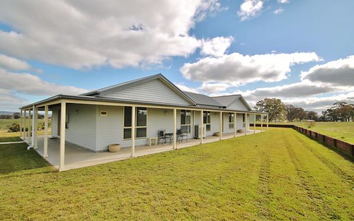 239 Elliotts Road, Crowther via, Young NSW 2594