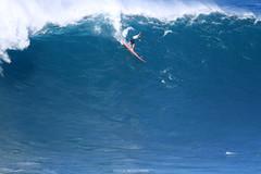 IMG_3099 copy (Aaron Lynton) Tags: surfing lyntonproductions canon 7d maui hawaii surf peahi jaws wsl big wave xxl