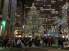Rockefeller Center Christamas Tree, NYC, 2016 (Cititour.com) Tags: rockefellercenter christmastree nyc 2016
