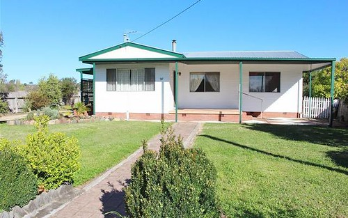 97 Granville Street, Inverell NSW 2360