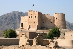 Fujairah castle UAE (David Russell UK) Tags: building tower castle dubai gulf desert fort united uae emirates arab fortress fujairah