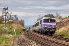 Down and up again (VTZK) Tags: france train diesel zug frankrijk nez trein sncf cassé parisest vesoul 72000 cc72000 intercités montureuxlèsbaulay