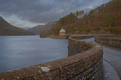 Elan Valley. (foto.pro) Tags: road winter water stone wall dam scenic valley elan