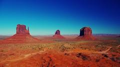 Navajo monumentality (me333anine) Tags: travel arizona usa nature america utah nationalpark pentax navajo nationalgeographic pentaxkx supershot nationalgeografic pentaxart
