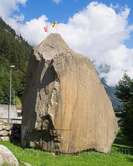 Teufelsstein (Devil's Stone), Gschenen, Uri, Switzerland (jag9889) Tags: stone rock teufel switzerland schllenen outdoor 2016 uri gschenen granite devil river centralswitzerland boulder 20160811 reuss europe jag9889 flickr 6487 alpine ch cantonofuri gesschenden goeschenen goschenen helvetia innerschweiz kantonuri schweiz suisse suiza suizra svizzera swiss zentralschweiz
