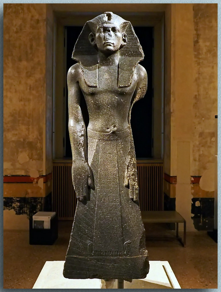 The World's Best Photos of echnaton and nefertiti - Flickr ...