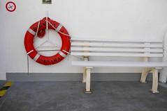 Memories (bukovo) Tags: dignityi bench banco buoy blanco rojo red white barco boat msf