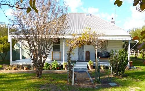 13 Robertson St, Coonabarabran NSW 2357