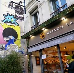 PA_999 Space invader in Paris 11th (Sokleine) Tags: spaceinvader invader tiles streetart street artderue rue urban urbanart arturbain citycentre ceramics mosaics paris 75011 france pa999 bakery baker boulangerie pains bread enseigne sign
