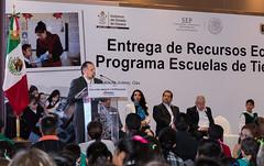 Entrega Gobierno de Oaxaca recursos por 214 MDP para el fortalecimiento de 900 Escuelas de Tiempo Completo