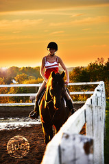Sunset horse riding (Warren Qc) Tags: sunset horses horse canada america sunrise cheval soleil ride quebec country coucher lac riding western fjord saguenay couchant chicoutimi lever chevaux equitation amerique