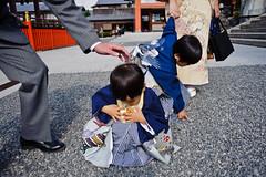 (Jack Simon) Tags: japan hands kyoto quiet dressup grace moment 2008