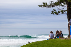 Chilling (Adriano Furlanetto) Tags: ocean friends birds out point landscape surf waves peace afternoon view oz horizon under australia down hanging chill goldcoast burleighheads