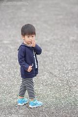 """回頭一""""挖"""" (nodie26) Tags: baby canon eos 85mm m f18 小孩子 寶寶 嬰兒 eosm"""