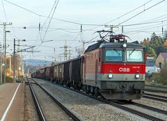 Heavy mixed Cargo Train (westrail) Tags: station lens austria österreich nikon track fotograf photographer bobo bahnhof cargo locomotive nikkor dslr f28 d800 lokomotive cargotrain gleis güterzug 1144 elok fracht durchfahrt rekawinkel omot afs2470 andreasberdan 1144118 5600kw
