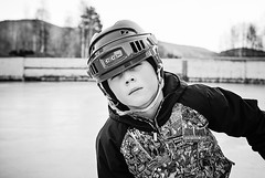 Samuelbw (RobT4L) Tags: blackandwhite hockey monochrome canon nhl sweden sigma hgakusten sigma1835 canon70d skrstter