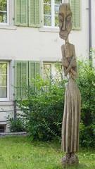 Woman Wooden Sculpture, Windisch, Aargau, Switzerland (jag9889) Tags: wood jag9889 head art cantonaargau windisch sculpture outdoor 2016 europe 20160808 switzerland ag aargau ch helvetia kantonaargau schweiz skulptur suisse suiza suizra svizzera swiss