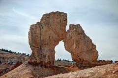 Bryce National Monument Broken Arch (JoelDeluxe) Tags: bryce national monument park hoodoos redrocks views trails queens trail navajo loop ut hdr joeldeluxe