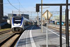 NSR SLT leaving Alphen aan den Rijn, November 26, 2016 (cklx) Tags: gouwelijn nsr slt alphenaandenrijn