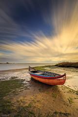 Low Tide, Ria de Aveiro (paulosilva3) Tags: low tide ria de aveiro portugal canon eos 6d manfrotto lowepro lee filters boat sunset sunrise colors sky blue nature wild