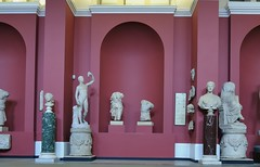 Sculpture gallery, Ashmolean Museum of Art and Archaeology, Beaumont Street, Oxford, England (edk7) Tags: nikond300 edk7 2010 uk england oxfordshire oxford beaumontstreet universityofoxford ashmoleanmuseumofartandarchaeology art sculpture stonecarving relief basrelief artwork marble arch