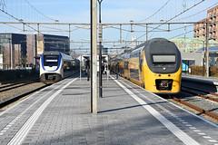 NSR VIRM and SLT at Alphen aan den Rijn, November 26, 2016 (cklx) Tags: gouwelijn nsr slt alphenaandenrijn virm