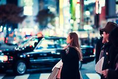Shibuya Crossing (Jon Siegel) Tags: nikon nikkor d810 85mm 14 nikon85mmf14 woman girl man boy people crowd shibuya crossing night bokeh evening tokyo japan japanese taxi candid street fashion style