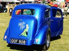 Pin Up (Fast an' Bulbous) Tags: summer england hot car nikon bedfordshire gimp august vehicle rod custom customised nsra d7100